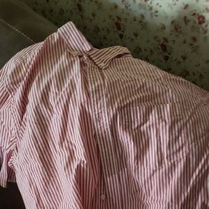 Mens xl old navy shirt. Like new